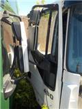 Iveco Stralis Door right 504015937, Cabins