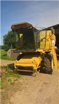 New Holland TX 32, Kombajni