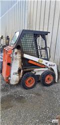 Bobcat 463, Radlader