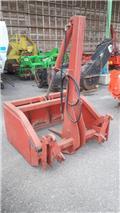 Front loader accessory Varmo Rehuleikkuri 130