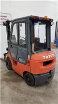 Toyota 02-7 FD F 18, 2003, Stivuitor diesel