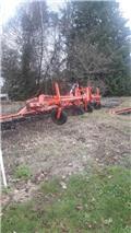 strigle 9 meter bred, Andre landbrugsmaskiner