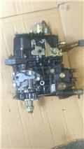 Komatsu WB93, Motory