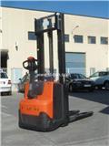 BT SWE 100, 2013, Ručne vedené vysokozdvižné vozíky
