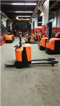 BT LPE 200 / 8, 2013, Wózki widłowe unoszące