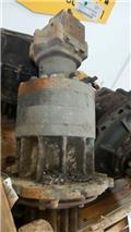Hitachi UH 081, Transmission