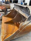 JST PS9 STR2 S70 1400 ltr 2000 mm, 2012, Skovle