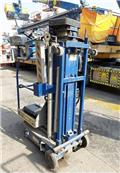 Upright UL25AC, 2006, Other lifts and platforms