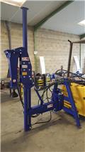 COFAM Enfonce pieux tracteur, 2018, Other Wine Growing Equipment