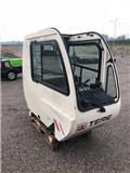 Terex TR 230 CAB, Hytter