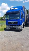 Manac TGL 8.220, 2012, Curtainsider trucks