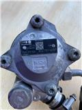 MAN HYDRALIC STEERING PUMP  (P/N: 81.47101-6137), 2015, Chassis and suspension