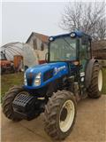 New Holland T 4.85, 2016, Tractores