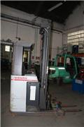 Nissan 60, 2007, Reach trucks