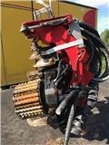 Komatsu 340, 2012, Medžių kirtimo mašinų darbinės galvos