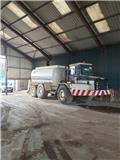 Caterpillar D 250 E, Other trucks