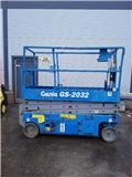 Genie GS 2032, 2007, Saksilavat