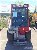 Tool-Trac Tool - Trac Tooltrac 245 med redskap، 2012، معدات نشر الرمال والملح