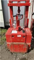 BT BT LSF1208/9  For spare parts, 1985, Electric Forklifts