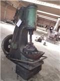 Ciocan pneumatic 60kg Ciocan pneumatic 60kg، ماكينات أخرى لتجهيز الأراضي