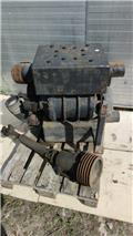 Pump Pump, Other components