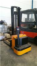 Fenwick XGVE12 3,3 Mts ELECTRIC STACKER (Jungheinrich), Transpallet uomo a terra