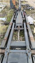 Joab Hook lift for spareparts, Kotalni prekucniki