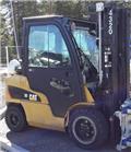 Газовый погрузчик Caterpillar GP30N2, 2011 г., 11210 ч.