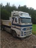 Volvo FH16 610, 2006, Rol kiper kamioni s kukama za dizanje