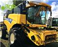New Holland CX 8070, 2010, Combine Harvesters