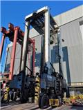 Kalmar CSC 440, 40 Ton Straddle Carrier, Straddle carriers