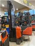 BT SPE 160, 2008, Mga self propelled stacker
