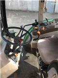 John Deere 5720, 2004, Traktory