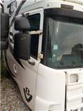 Scania 4 series Door right 1476535/AC1476535/318191/TD075, Cabins and interior