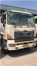 Hino 700、2015、混凝土車