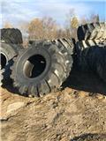 Advance 30.5L32, 2018, Tyres