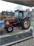 mikkel 844s, Tractors