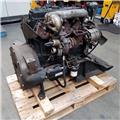 Perkins AK36525, Engines