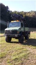 Mercedes-Benz Unimog U 2100 mit Epsilon Ladekran Holztransport, 1991, Tractores florestais