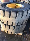 Massiva lastmaskinshjul 20,5-25 fälgar till L60, 2013, Hjullastare
