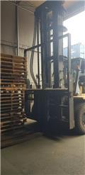 Caterpillar DP 150, 2004, Diesel Forklifts