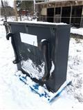 Frontvikt STBM Huddig, Retrocargadoras