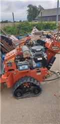 Ditch Witch RT 24, Mga trencher