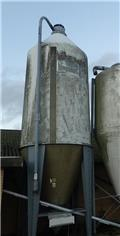 BM 26 m3, Silotömmare