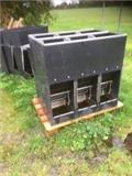 Domino Slop feeder 3 rums med vand, Other livestock machinery and accessories