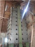 Kongskilde Tørresilo 110 tdr., Oprema za istovaranje silosa