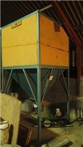 Mosegård Inddøres silo, Entnahme-/Verteilgeräte