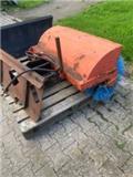 Hydraulisk til kompakttraktor, Sweepers