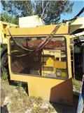 Caterpillar 212 B FT, 1994, Cabina