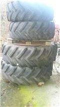 Kleber 420/70 R28, 바퀴